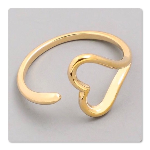 Pretty Girl Swag Jewelry Jewelry - Fashionable Open Heart Gold Ring